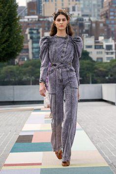 Fashion Week, New York Fashion, Runway Fashion, Fashion Show, Fashion Trends, Love Fashion, Smart Casual Denim, New Yorker Mode, Mode Jeans