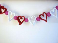 Lovely Garland For Valentine Day Decorating Ideas With Diy Felt Heart Valentine Garland Via Shelterness