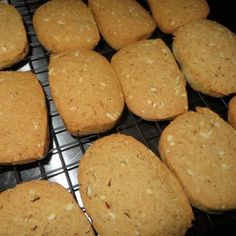 Try Old Fashioned Ice Box Cookie Recipe! You'll just need 1 Cup Sugar, 1 Cup Brown Sugar, 1 Cup Lard (I use Vegetable Oil or Canola Oil), 1 Cup Butter, Icebox Cookies, Cookie Brownie Bars, Spice Cookies, Cookie Box, Jello Cookies, Frozen Cookies, Cookie Cups, Shortbread Cookies, Sugar Cookies