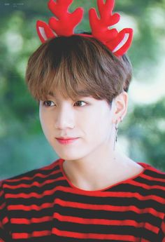 "Flawless visual of BTS's ""maknae"" Jungkook BTS collaborated with Dispatch to produce sweet photos as a special Christmas present for fans. Who: Jungkook (BTS) Bts Jungkook, Taehyung, Seokjin, Namjoon, Yoongi, Jung Kook, Jung Hyun, Foto Bts, Bts Photo"