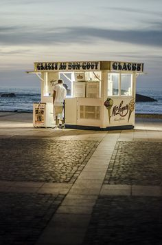 Ice Cream Shop . Biarritz ~