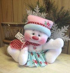 "Primitive HC Raggedy Snowman Snow Girl Snowflake Christmas Doll 5"" Super Cute!  #IsntThatCute #Christmas"