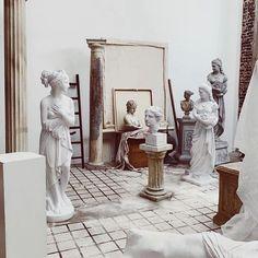 "• A N N A A M È L I E • az Instagramon: ""Daily inspiration ✨ #annaamelie"" Sculpture Art, Sculptures, Roman Photo, Greek Statues, Oui Oui, Classical Art, Aesthetic Art, Art And Architecture, Art History"