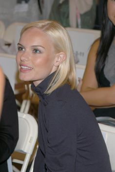 I absolutely adore Kate Bosworth. I want my hair this light!!