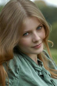 Rachel Hurd-Wood - hero portrait. I can't stop looking at this photo series. The hair colour looks fairly natural with all those ashy tones. Look at how that dreamy sage green connects with Rachel's eyes. Bright colours don't always make eyes pop, sometimes they compete instead. This is Soft Summer tone-on-tone perfection.