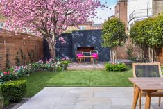 Clapham - Garden Club London Clapham - Garden Club London In modern cities, it is sort of impossible to sit down within a house with the garden, espe. Home Garden Design, Modern Garden Design, Backyard Garden Design, Backyard Landscaping, Landscaping Ideas, Terrace Design, Terrace Garden, Hydrangea Landscaping, Landscaping Edging