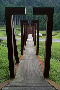 Zen arches - So inspiring!  for more ideas check us out at  http://www.environmentaldesignlandscape.com/