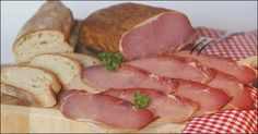 Make spicy ham yourself, very tasty How To Make Sausage, Sausage Making, Smoking Meat, Ham, Spicy, Tasty, Homemade, Recipes, Food