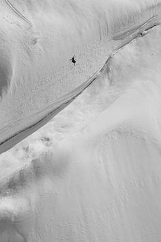 #Photo du 27 août @Red Bull Illume : @sageAdventure photographié par Mark Fisher à Petersburg @alaskatravlnews (USA) #Image #Ski #FreeRide