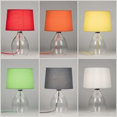Tafellamp artikel 10637- 10562- 10537-10564-10563 en 10638 http://www.rietveldlicht.nl/artikel/tafellamp-10637-modern-glas-helder_glas-stof-rood-rond