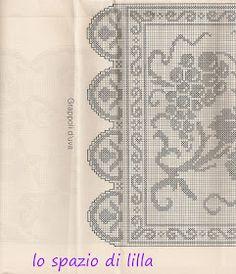 lo spazio di lilla: A gentile richiesta...: uva a filet per la tovaglia d'altare ed immagini sacre Embroidery Patterns, Knitting Patterns, Crochet Patterns, Filet Crochet Charts, Fillet Crochet, Crochet Curtains, Crochet Table Runner, Charts And Graphs, Crochet Art