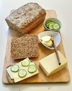 Grovt bröd med linfrö - ZEINAS KITCHEN