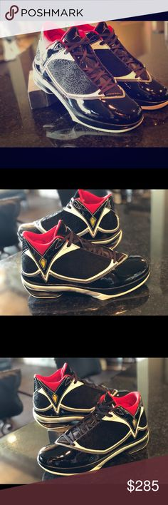 2ae00d4b9 Nike 2009 Air Jordan Hall of Fame Size 10.5 Vintage 2009 Nike Air Jordan s  •Item