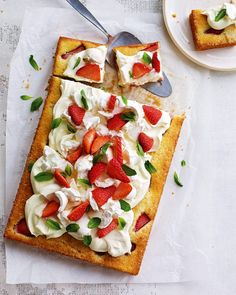 Debbie Major turns the crowdpleasing dessert, Eton mess, into a just-as-good teatime traybake. Serve as a fabulous addition to afternoon tea. Cake Recipes Uk, Tray Bake Recipes, Potluck Recipes, Desert Recipes, Summer Recipes, Cooking Recipes, Potluck Food, Easy Recipes, Scottish Recipes