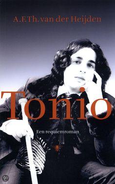 Ebook bib: Een enorm bekend boek dat iedereen heeft gelezen, maar jij nog niet: Tonio - A F Th van der Heijden- volgens een pinner ontroerend mooi..#hrc2016