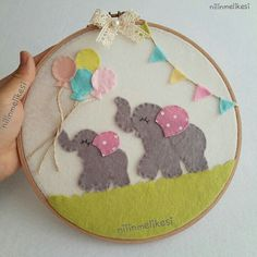 59 Ideas For Embroidery Hoop Ornaments Fabrics Embroidery Hoop Nursery, Embroidery Hoop Crafts, Flower Embroidery Designs, Embroidery Hoop Art, Embroidery Patterns, Baby Crafts, Felt Crafts, Sewing Crafts, Craft Ideas