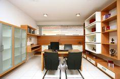 porta arquivo home office - Home office com jogo de formas.