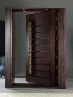 Are you looking for the best wooden doors for your home that suits perfectly? Then come and see our new content Wooden Main Door Design Ideas. House Main Door Design, Wooden Front Door Design, Home Door Design, Door Design Interior, Modern Front Gate Design, Main Gate Design, Wooden Front Doors, Modern Entrance Door, Main Entrance Door Design