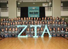 Giant ZTA Letters #Zeta #ZTA #ZetaTauAlpha-----> That's us!!! Getting Famous on Pinterest ;) Alpha Chapter!!