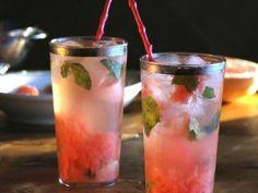 Grapefruit Mojito : Brunch w/ Bobby Flay :  CookingChannelTV.com