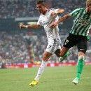 Cristiano Ronaldo against Betis defender