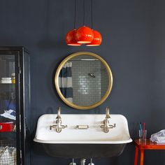 8 Ways To Embrace Dark Decor #refinery29…