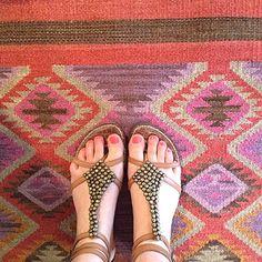 42 Best Shoes On Dash Images Dash Albert Indoor Outdoor Rugs Annie