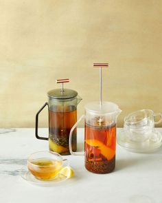 Instead of post-dinner coffee, serve guests this soothing caffeine-free peppermint tea. It's brewed in a French press and infused with bright lemon and stomach-calming fennel. Tea Recipes, Cocktail Recipes, Cooking Recipes, Drink Recipes, Cocktails, Best Herbal Tea, Best Tea, Burger Restaurant, Yummy Drinks