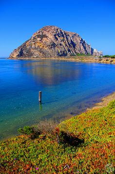 Morro Rock, one of the famous 7 Sisters of the Central Coast of California #USA