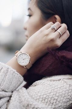 Sticking to our fave neutrals, plus Q Tailor hybrid smartwatch, this winter. via @alyssa.lenore.