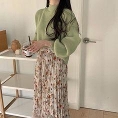 Korean Girl Fashion, Asian Fashion, Look Fashion, Korean Outfits, Mode Outfits, Fashion Outfits, Fashion Clothes, Aesthetic Fashion, Aesthetic Clothes