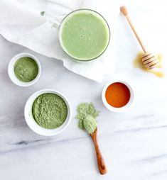 There are a variety of superfoods and it may seem overwhelming to decipher from foods that are a fad and foods that are truly nourishing. are essentially nutrient dense and versatile ingredients, think chia seeds, coconut or cacao to name a few. What Is Moringa, Moringa Benefits, Oil Benefits, Moringa Recipes, Get Healthy, Healthy Eating, Moringa Powder, Moringa Oil, Whole 30 Diet