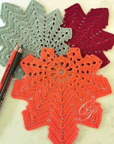 Halloween Decorations, Table Decorations, Crochet Leaves, Eco Friendly House, Holiday Time, Autumn Leaves, Green Colors, Different Colors, Blanket