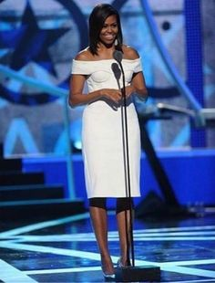 ee96345949c5e First Lady and  tallista Michelle Obama. The epitome of grace
