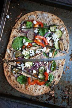 Crispy Roasted Veggie Flatbread Pizza: