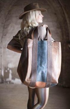 d8cc05982b657 Big leather bag tutze.nl Sleepover Bag