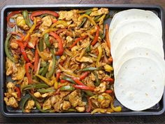 Sheet Pan Chicken Fajitas Recipe (With Video) | TipBuzz