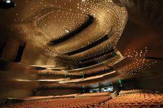 Modern architecture and interior design Guangzhou Opera House china. Zaha Hadid More Modern architec Zaha Hadid Architecture, Opera House Architecture, Modern Architecture Design, Light Architecture, Futuristic Architecture, Amazing Architecture, Modern House Design, Chinese Architecture, Architecture Office