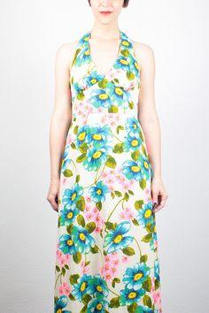 Vintage 60s Dress Maxi Dress Daisy Floral Print Halter Dress 1960s Dress Backless Dress Hippie Dress Boho Hippie Wedding Dress S Small #vintage #etsy #1970s #70s #daisy #floral #sundress #halter #midi #maxi #dress #hippie