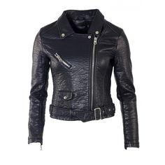 Le perfecto noir intemporel pour un look rock... http://goo.gl/i4nnki #perfecto #mode #rock #tendance