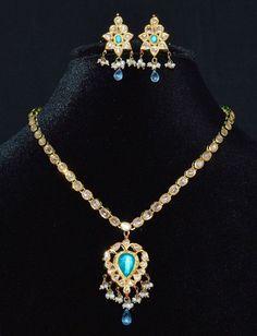 Elegant moghul asian 21k 18k gold natural diamond seed pearl blue topaz enamel collar… - https://www.luxury.guugles.com/elegant-moghul-asian-21k-18k-gold-natural-diamond-seed-pearl-blue-topaz-enamel-collar/