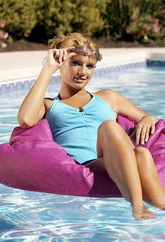 Aqua Puff Pool Float.