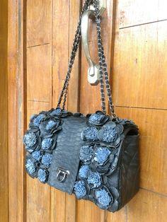 Bucket Bag, Leather Bag, Ethnic, Gucci, Shoulder Bag, Photo And Video, Bags, Instagram, Handbags