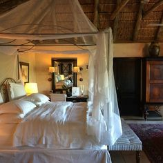 Bushveld luxury at the Royal Malewane hotel in South Africa, one of T+L's best places to travel in Large Homes Exterior, British Colonial Decor, Beautiful Interior Design, Beautiful Hotels, Best Places To Travel, Hostel, Logs, Places Around The World, Hotels And Resorts