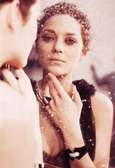french actress, Marion Cotillard, film Why is she the most beautiful? Marion Cotillard, Divas, Pretty People, Beautiful People, Gorgeous Women, Star Francaise, French Beauty, French Actress, Famous Faces