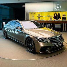 Mercedes Benz S550, Mercedes Benz Cars, Jeep Cars, Cars Auto, Best Luxury Cars, Sport Cars, Dream Cars, Sedans, Nice Cars
