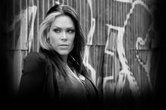 Beth Hart...saw her opening for Jonny Lang in Jackson, MS and for Edwin McCain at the NO HOB...one of the most soulful performers I have ever seen.