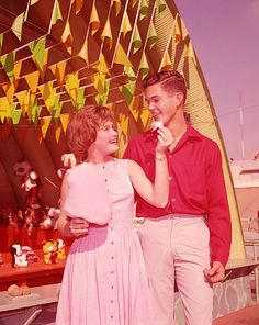 1950s 1950s Teenagers, Life In The 1950s, Village Fete, County Fair, Good Ole, 1940s Fashion, Glamour, Stock Photos, Summer