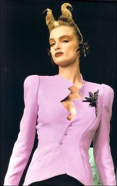 Thierry Mugler Model: Claude Heidemeyer