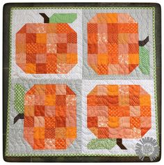 """Pumpkin Patch Quilt by Thistle Thicket Studio. Based on the Patchwork Pumpkin block from """"Farm Girl Vintage"""" by Lori Holt of Bee In My Bonnet."""